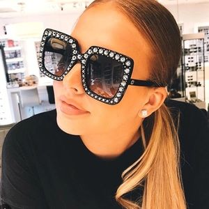 Accessories - Black Diamond square sunglasses